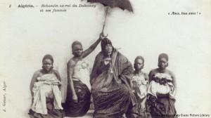 Béhanzin et ses femmes en Algérie