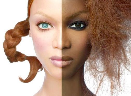 Le maquillage pour roux avec les yeux verts et les taches de rousseur de la photo