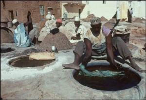 Tannerie haoussa, Nigéria, 1974, par Bruno Barbey / Magnum