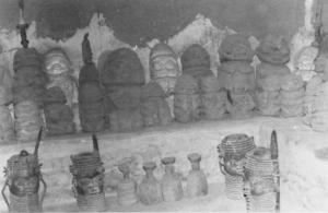 Statues de cuivre de type edo retrouvées dans la collection de l'Ojomo d'Owo / © Robin Poynor