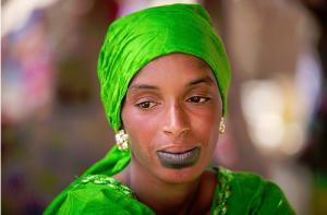 Femme peule du Sénégal par Claude Gourlay