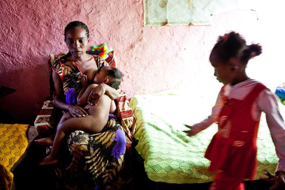 девушка родила от африканца после курорта - 14