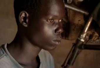 Vidéo : Un sourd en Ouganda communique pour la première fois !
