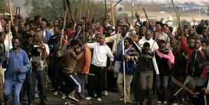 Une manifestation xénophobe en Afrique du Sud en 2008 (Photo : REUTERS/Siphiwe Sibeko)