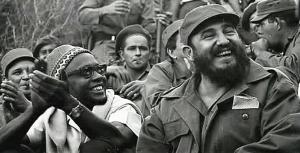 Cabral et Fidel Castro lors de son voyage à Cuba en 1966