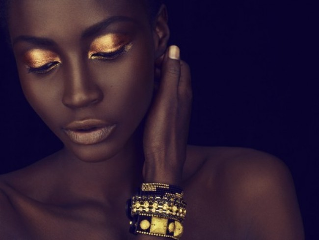 black-lady-gold-makeup-e1342706727394