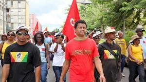 Elie Domota et des militants guadeloupéens