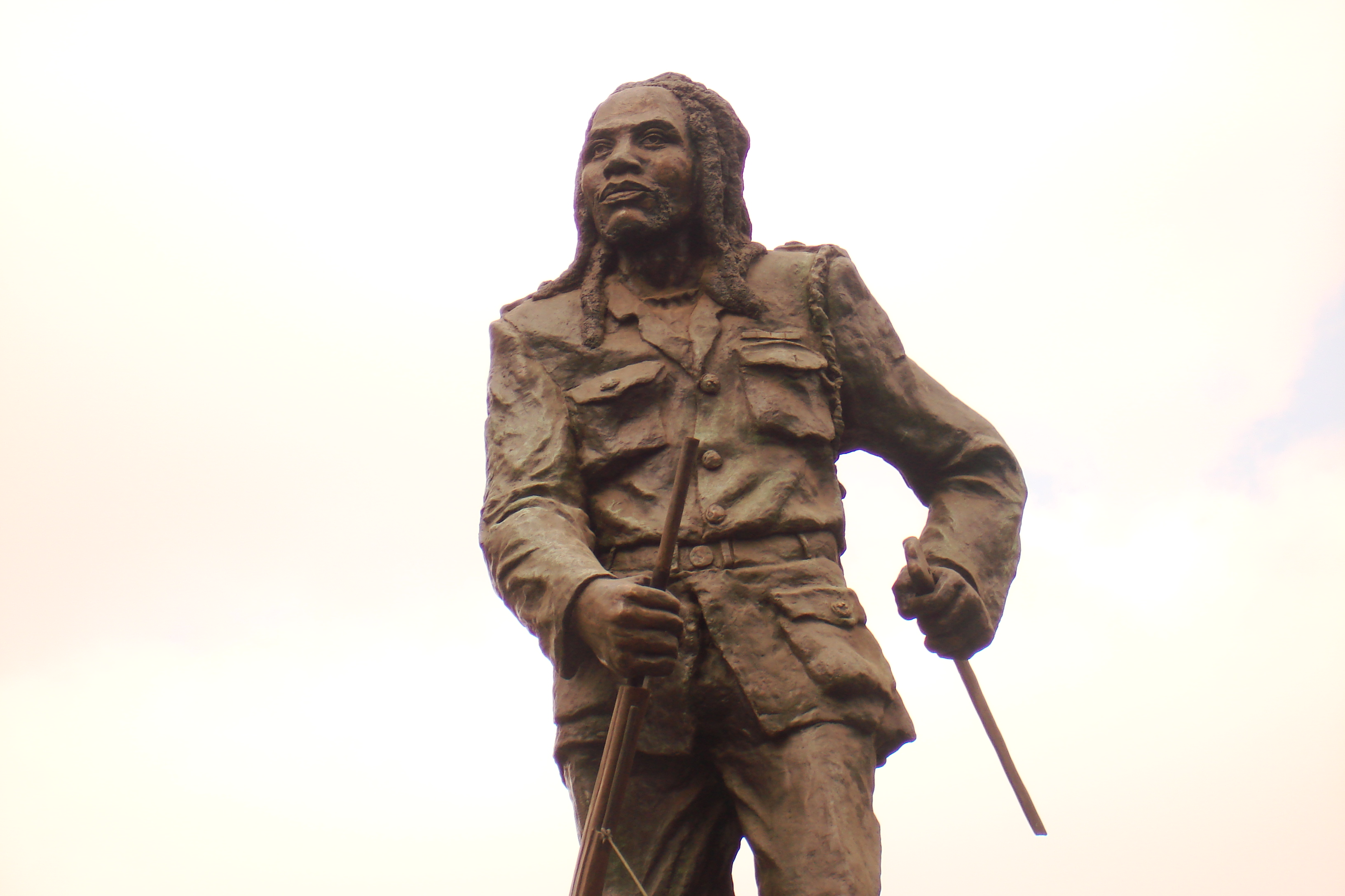 Statue_of_Dedan_Kimathi_Nairobi,_Kenya