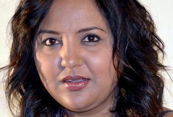 Afrique du Sud : une romancière frappée à coup de briques parce qu'elle admire Salman Rushdie