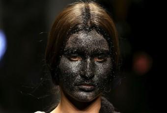 Mannequins au visage peint en noir : un couturier italien accusé de racisme