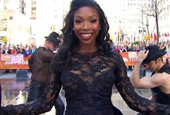 Brandy fait ses débuts à Broadway et s'exprime sur la diversité ethnique dans ce milieu