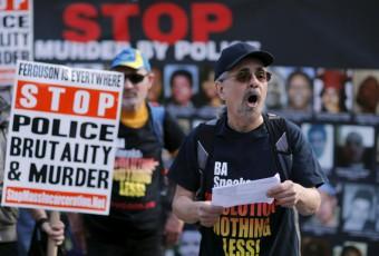 Etats-Unis : Blancs et Noirs manifestent contre les violences policières