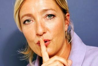 « Opération cocotier » Marine le Pen chez les ultramarins