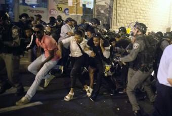 Des Israéliens d'origine éthiopienne manifestent contre les bavures racistes policières