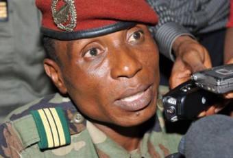 Présidentielle en Guinée : Moussa Dadis Camara officialise sa candidature