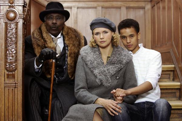 Le téléfilm allemand sur la jeunesse d'Hans Massaquoi (2006) Photo: Ulrich Perrey dpa/lno (c) dpa - Report
