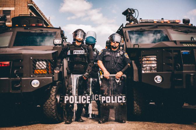 Violences policières aux Etats-Unis : Les deux tiers des victimes non armées sont noires ou hispaniques