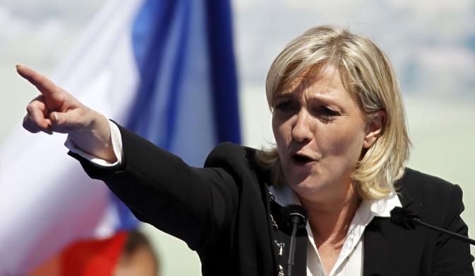 Marine Le Pen reporte sa visite aux Antilles