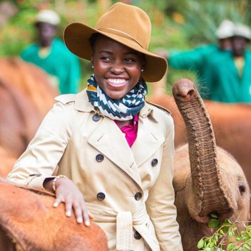 Lupita Nyong'o retourne sur ses terres pour venir en aide aux Éléphants