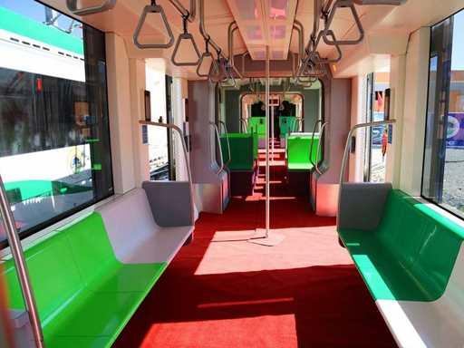 tn_et-addisababa-tram-interior