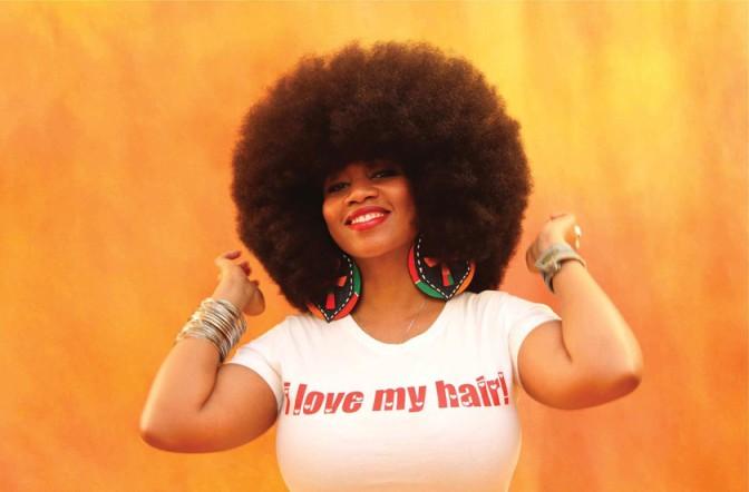TÉMOIGNAGE : «Vos cheveux crépus ne font pas professionnel»