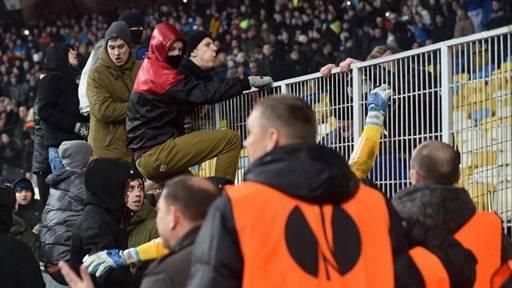 Football : l'idée aberrante du directeur du stade de Kiev pour les supporters noirs