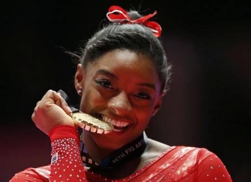 Simone Biles, la jeune Américaine qui entre déjà dans l'histoire de la gymnastique