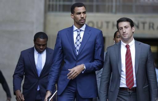 Un joueur de NBA attaque en justice des policiers new-yorkais