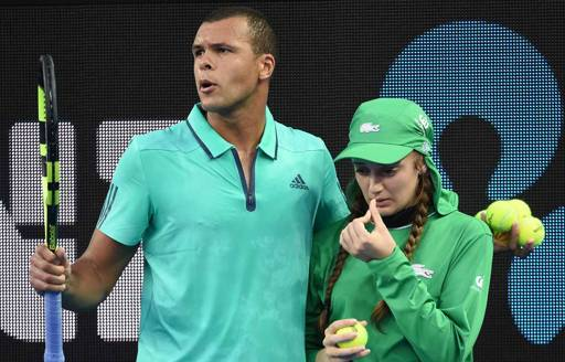 Tennis : le beau geste de Jo-Wilfried Tsonga à l'Open d'Australie 2016