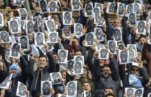 Football : le bel hommage des supporters de Naples à Kalidou Koulibaly