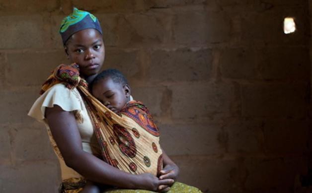 "Malawi : Theresa Kachindamoto dit ""NON"" aux mariages précoces"