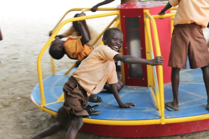 Ghana : des tourniquets produisent de l'électricité