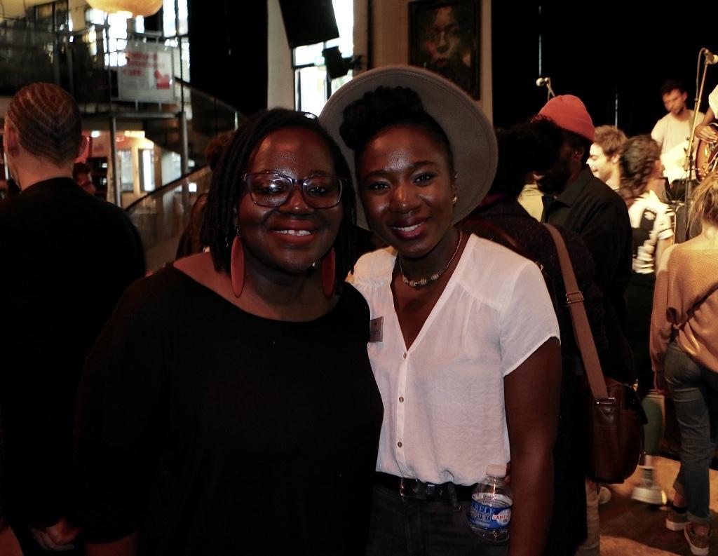 """A gauche, l'historienne Maboula Soumahoro. A droite, Aïcha Diaby, présidente du collectif """"Y a quoi le 10 mai ?"""""""