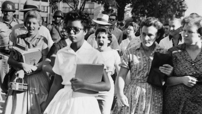 Elizabeth Eckford : la ségrégation, le pardon et le refus de la manipulation