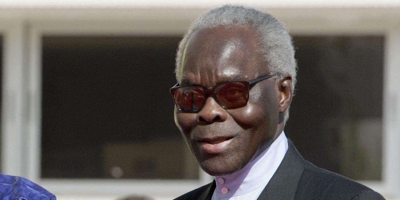 C'est l'ancien président Mathieu Kérékou qui a changé le nom de Dahomey en Bénin. Le premier nom n'était en effet qu'un nom correspondant à un royaume du sud du pays détesté par beaucoup de ses voisins.