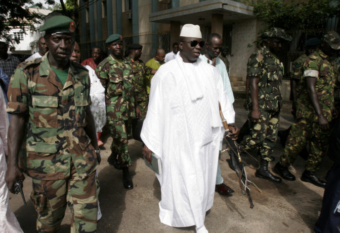 Jammeh aurait volé 11 millions $ à l'Etat gambien avant son départ