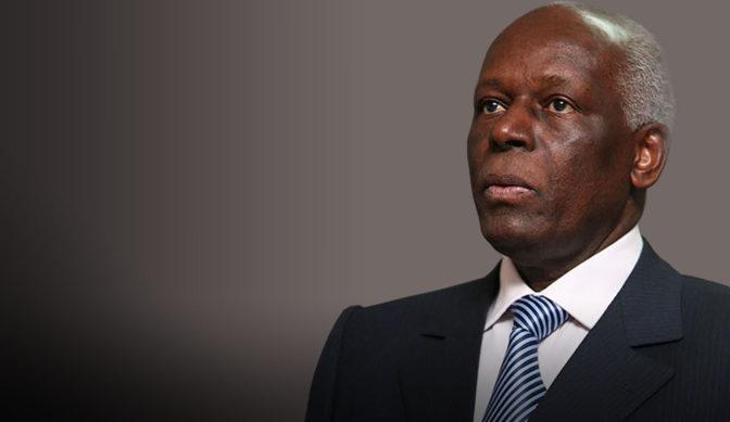 Angola : Dos Santos renonce au pouvoir en faveur d'un de ses ministres