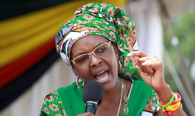Selon sa femme, même morts les gens voteraient pour Robert mugabe