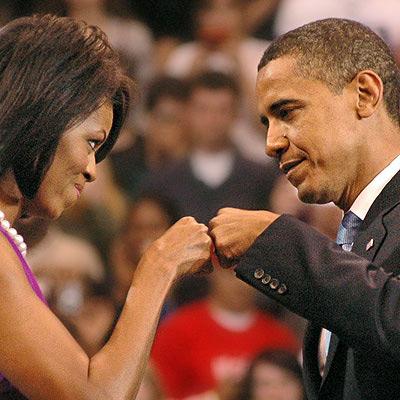 """Voila un exemple présidentiel de """"fist bump"""""""