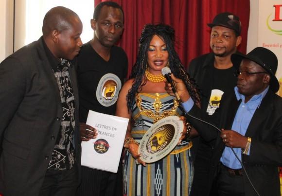 De gauche à droite: Adama Dahico; Mamane; Akissi Delta; Digbeu Cravate et Michel Gohou