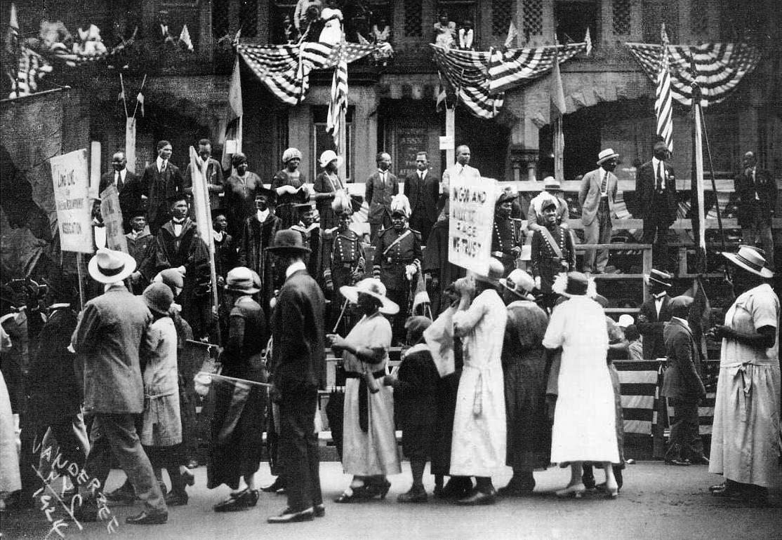 Marcus-Garvey-parade-1924