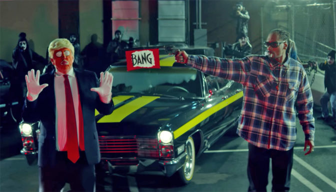 Snoop Dogg tire sur «Ronald Klump» dans son dernier clip