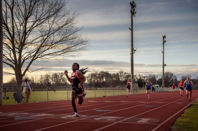 USA : Une sprinteuse transgenre surclasse ses concurrentes et crée la polémique