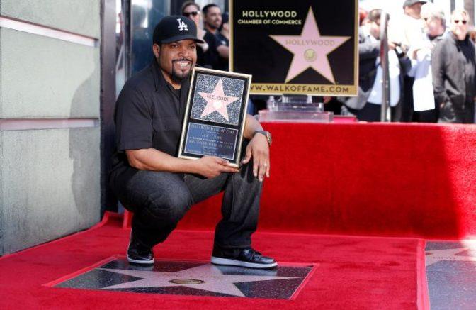 Ice Cube reçoit son étoile sur Hollywood Boulevard