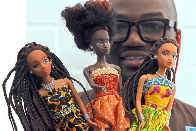 Avec sa marque Queens of Africa, Taofick Okoya vend 9000 de ses poupées noires par mois