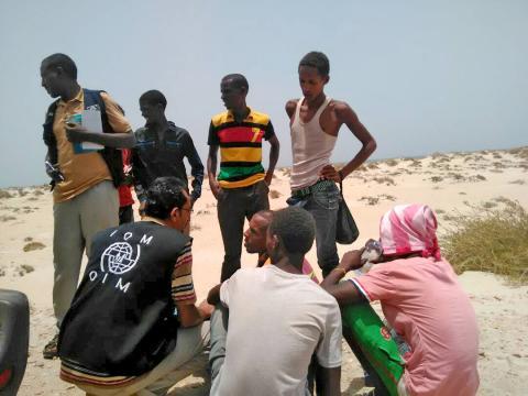 Des centaines de migrants noyés de manière délibérée par leurs passeurs sur la côte du Yémen
