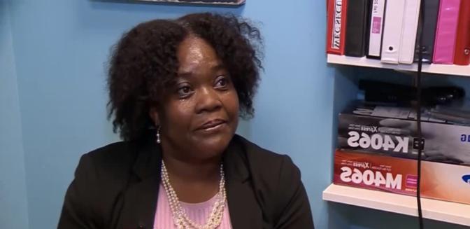 Norma Heath, une ancienne SDF et toxicomane, est diplômée d'Harvard à l'âge de 51 ans