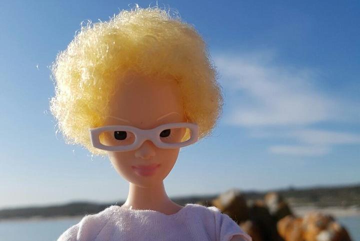 Alexa, la poupée qui conscientise quant à l'albinisme