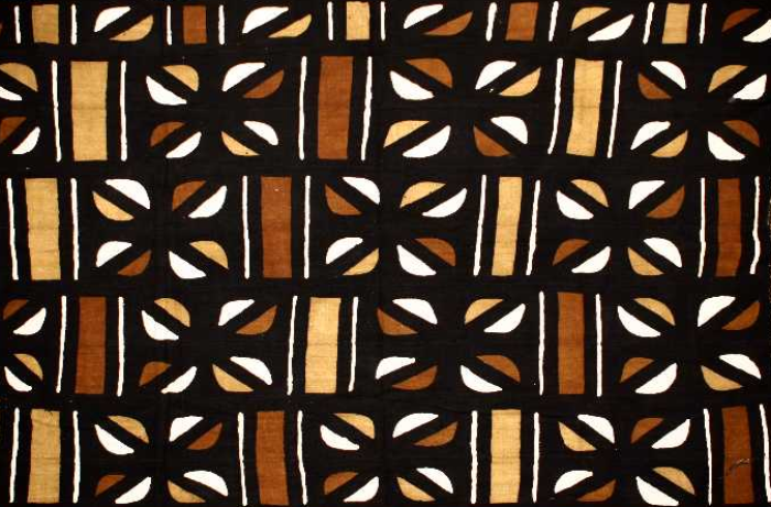 Le Bogolan, ce tissu emblématique de la culture malienne