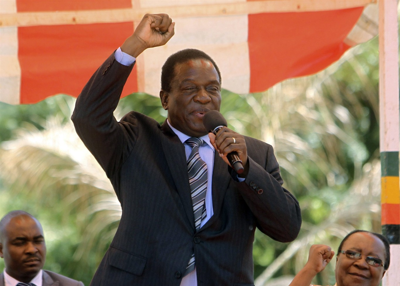 Après le retrait de Mugabe, quel défi pour le Zimbabwe?